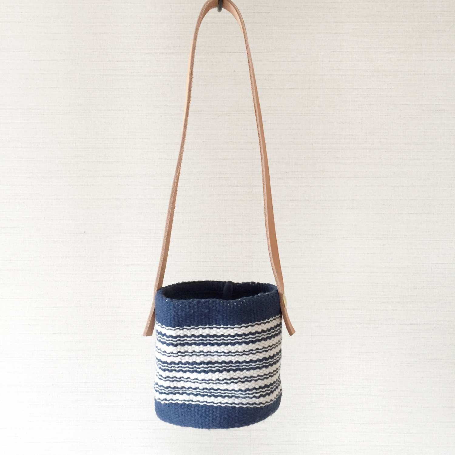 HANGING BUCKET [S] INDIGO BORDER