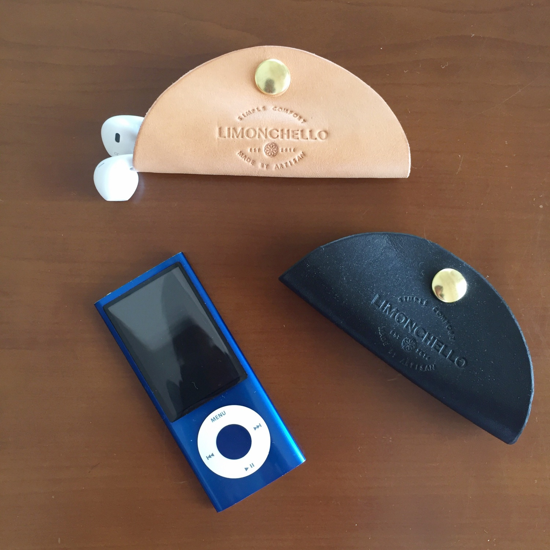 LEATHER EARPHONE HOLDER