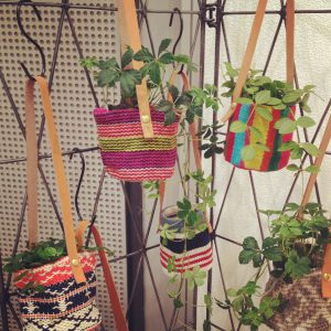 HANGING BUCKET [S] MULTI BORDER