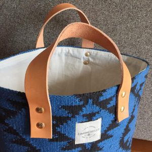 BUCKET [L] AZTEC BLUE