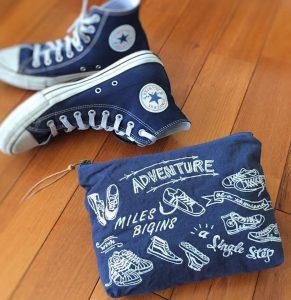 バッグの中で行方不明になりがちな小物の整理に便利なポーチ
