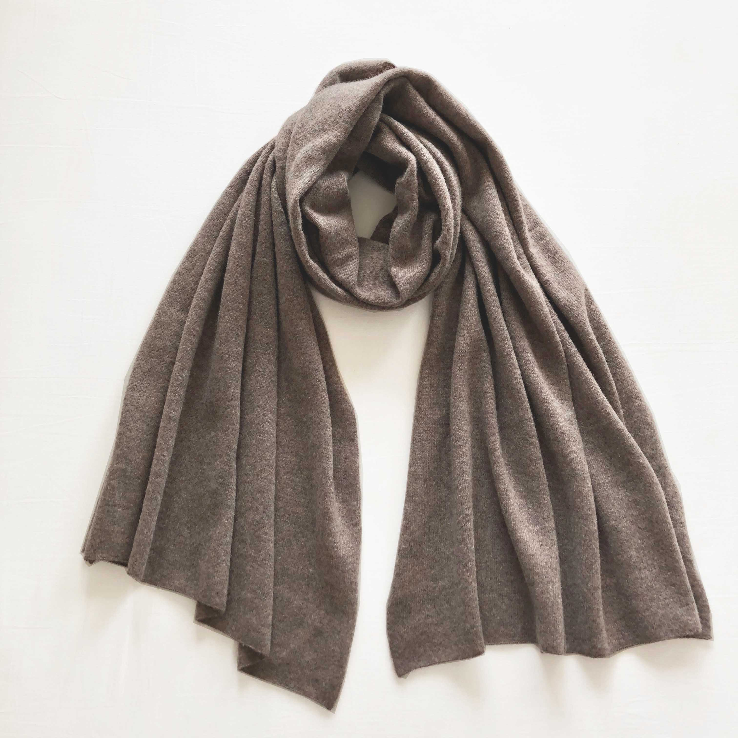CASHMERE KNIT STOLE LIGHT BROWN