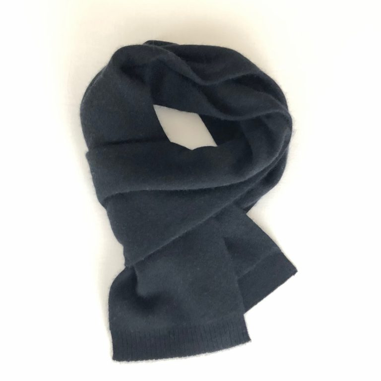 CASHMERE KNIT MINI STOLE